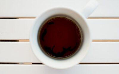 Le TOP 5 des bienfaits du thé Noir et ses effets bénéfiques sur votre santé [Checklist]