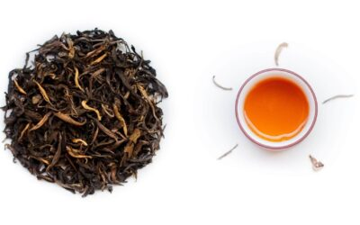 Notre Thé Jaune sauvage cueillette impériale : un thé gorgé de soleil !
